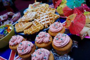Cupcakes, brownies en wafels: gemaakt door de ouders